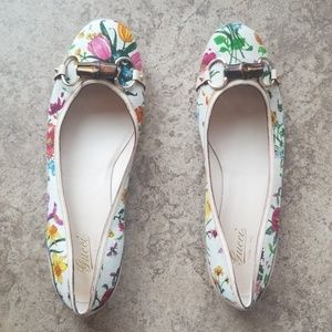 NWT Gucci floral butterfly flats